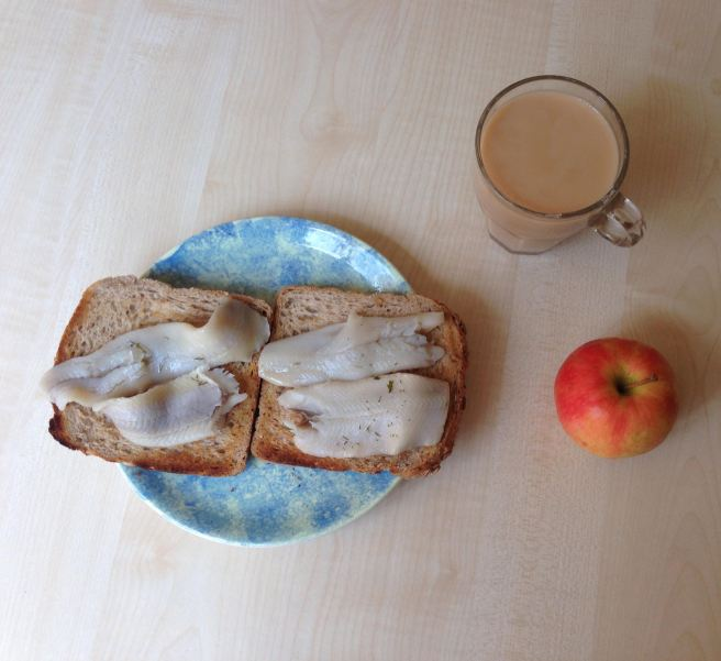 Herring + tea + apple