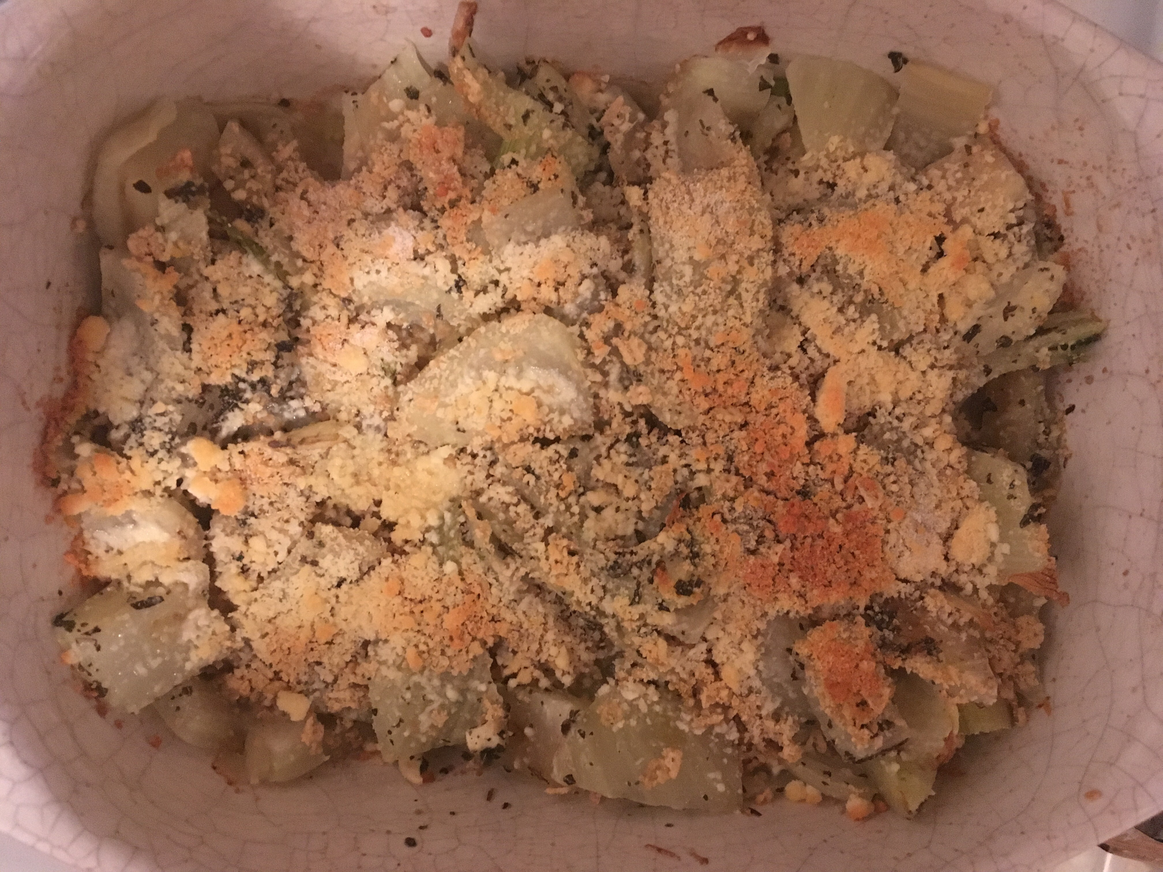 Baked fennel with breadcrumbs and cheese.