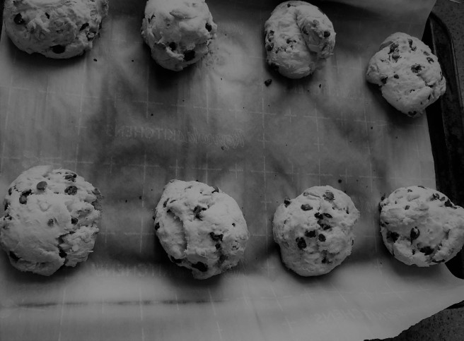 Scones on a baking tray (Black and white)